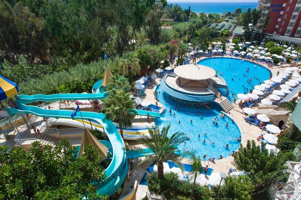 Turkija 4* viešbutyje Saphir Hotel rudeniui