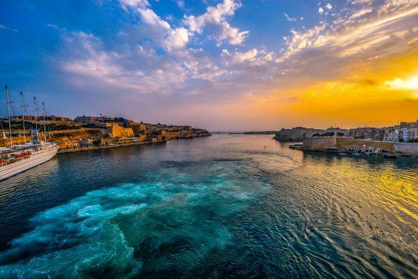Skrydis į Maltą spalį