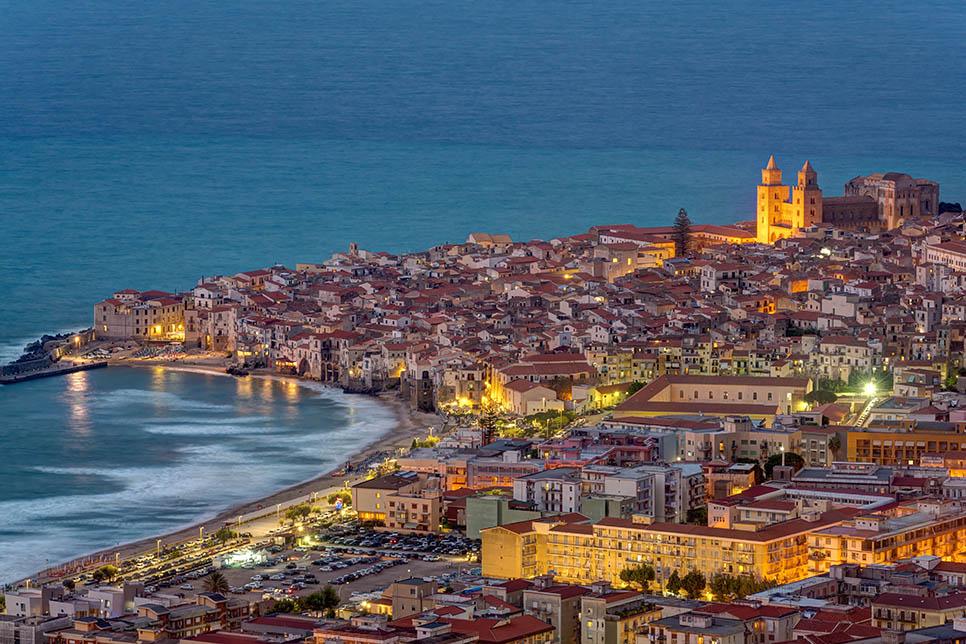 Sicilija/ Italija su pusryčiais ir vakariene