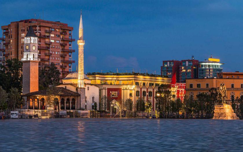 Poilsis Albanijoje rugpjūtį
