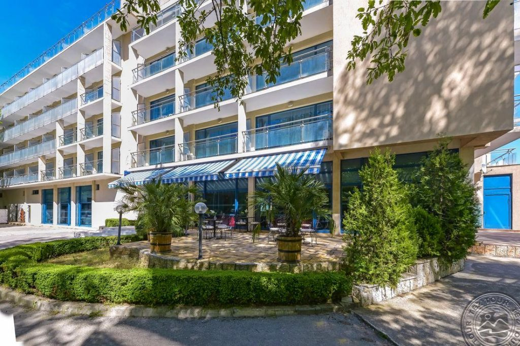 Bulgarija 4* viešbutyje birželį