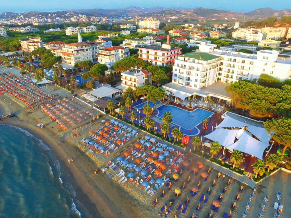 Albanija vasaros atostogoms iš Rygos