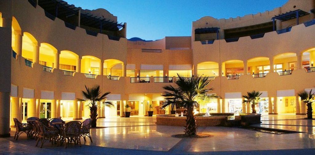 Egiptas/ Taba 5* Bay View Resort spalį