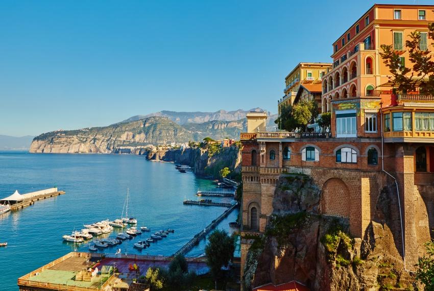 Apgyvendinimas Neapolyje/ Italijoje pavasarį