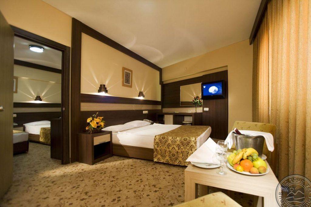 Turkija 4* viešbutyje Lonicera spalį